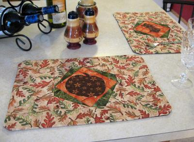 Why Leaf the Table? Placemats Pattern MAD-101