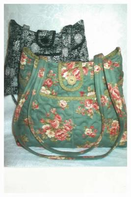 "Pockets Are A Girl's Best Friend ""Rose"" Purse Pattern SBK-001"