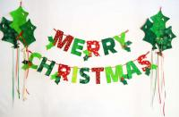 Merry Christmas Garland with Holly Balloons Pattern BS2-334