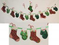 Stockings and Mittens Garland Pattern BS2-343